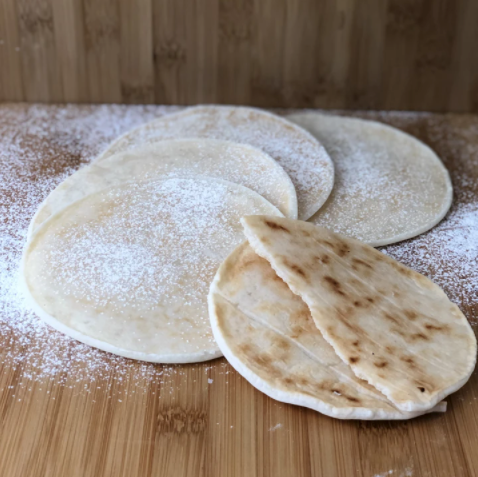 Arepa de Yucca with Cheese (Cassava Arepas) (GF) (Keto) 5 units