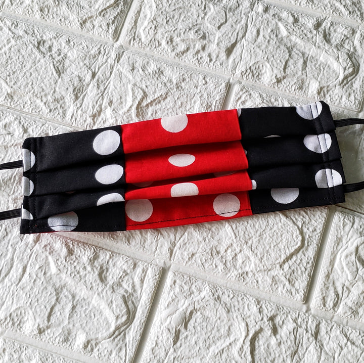 Polka dots Flamenco Face Cover, original and unique Flamenco gift. (Domestic Free Shipping)