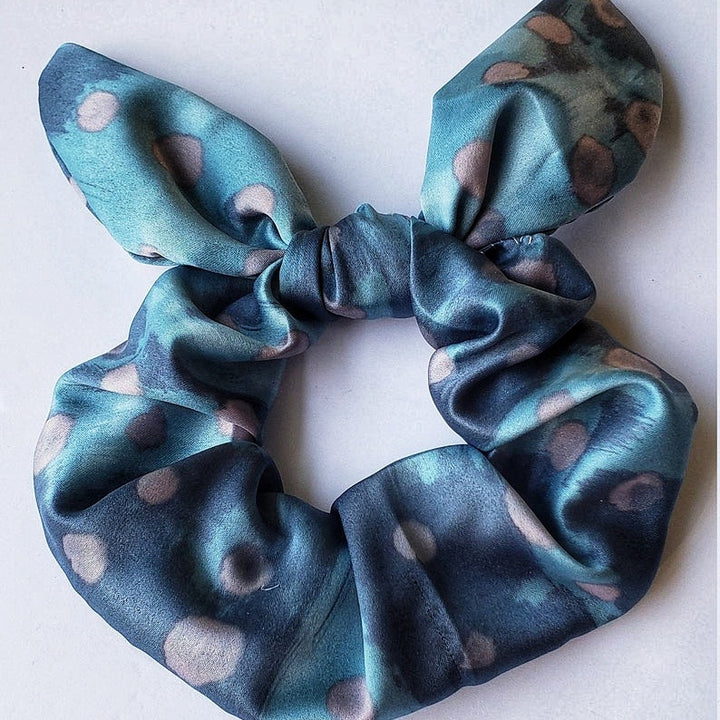 Cfaftwoman Silk Scrunchie, Polka Dots Fabric Craft Bow Gift. (Domestic Free Shipping)