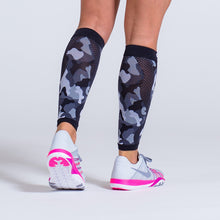 Load image into Gallery viewer, Zeropoint Compression calf sleeves black camo rear