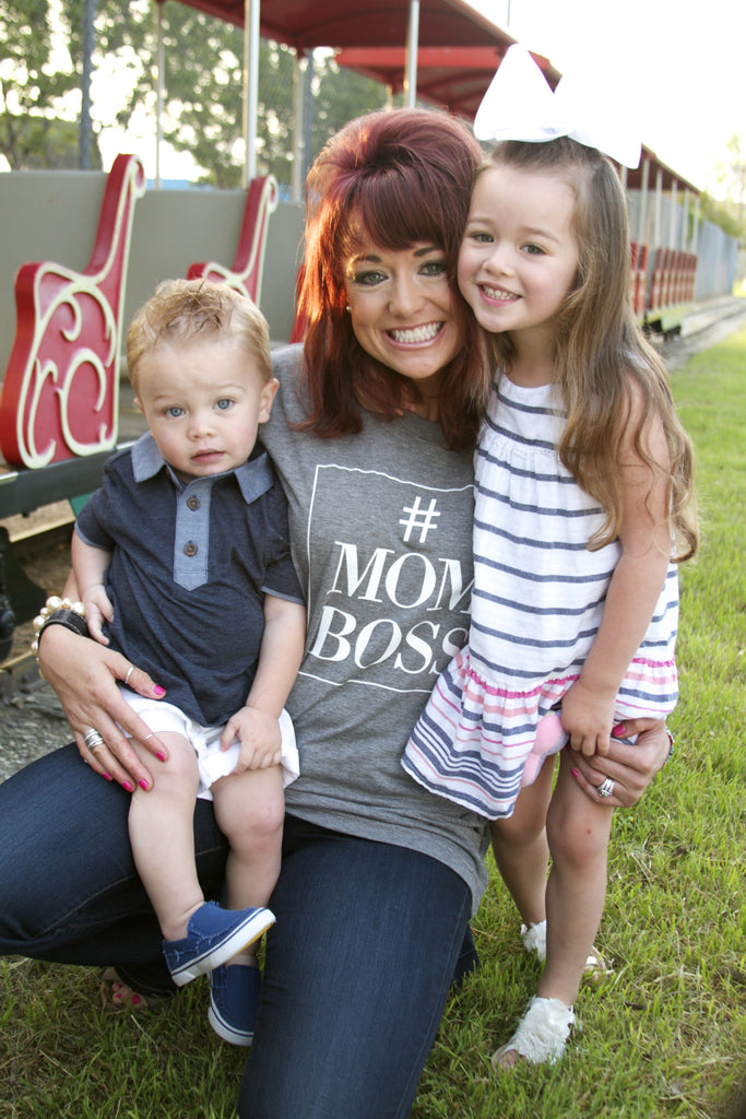 #MomBoss - Heather Grey - Short Sleeve Tee