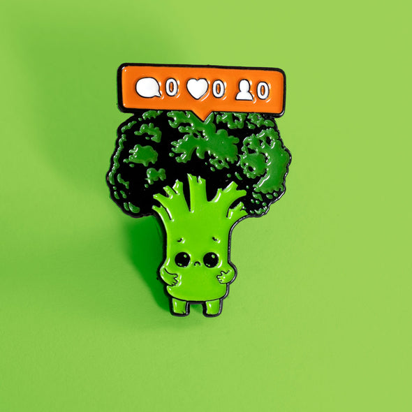 Nobody Loves Me - Enamel Pin - Naolito