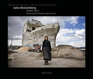 Jutta Benzenberg / Ahead with the Past