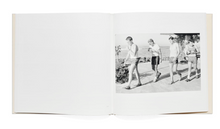 Load image into Gallery viewer, Henry Wessel / Waikiki