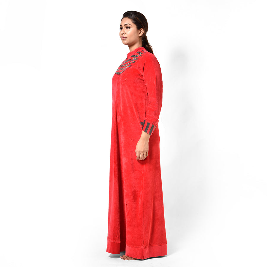 Woman Red Striped Hand Embroidery Fleece Nighty