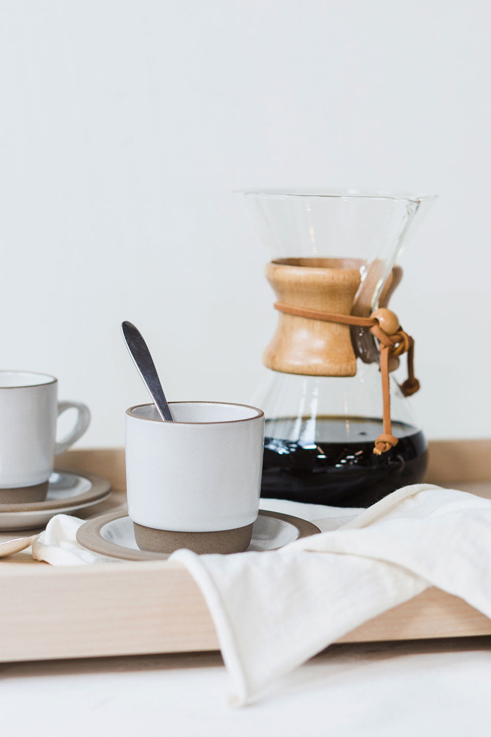 Alabama Chanin Chemex Pour Over Glass Coffee Maker with Coffee and Mugs