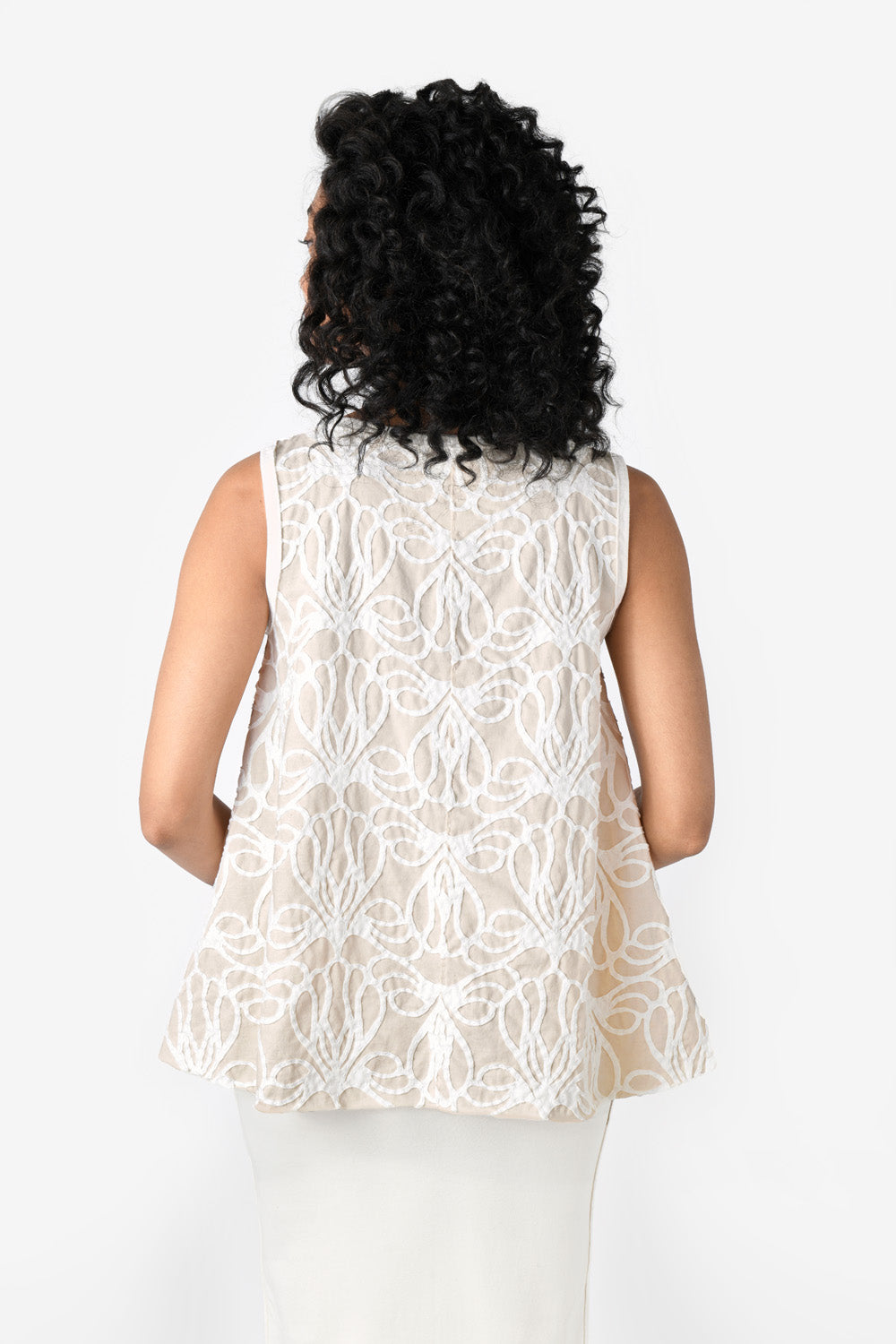alabama chanin lucy eileen top with white floral pattern on model