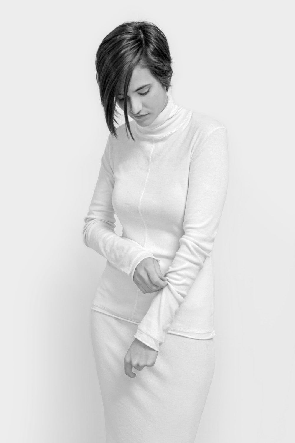 alabama chanin the rib turtleneck with long sleeves in natural on model