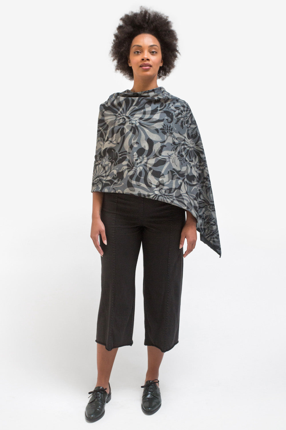 The School of Making Maggie's Dream Poncho Hand-Sewn DIY Kit
