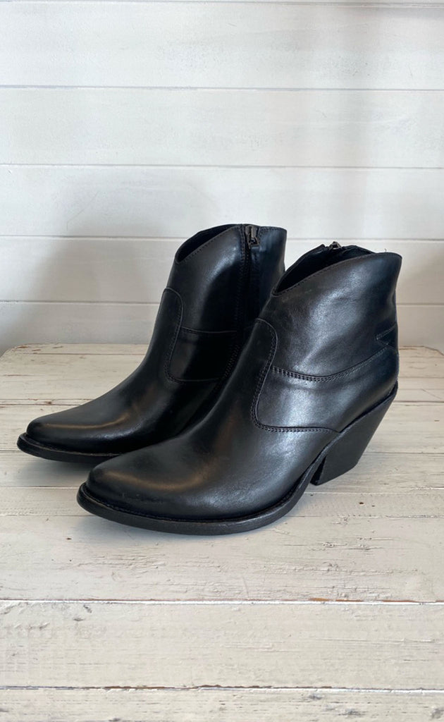 Texas Black Leather Boot
