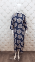 Load image into Gallery viewer, Blue Printed Cotton Long Kurti