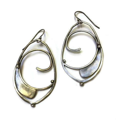 Julia Britell Jewelry - Medium Swirl Earrings