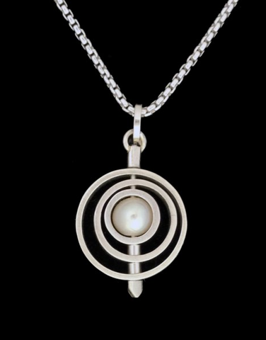 Kenneth Pillsworth Jewelry - Round Pearl Spinner Pendant