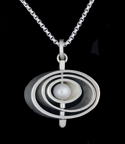 Kenneth Pillsworth Jewelry - Oval Pearl Spinner Pendant