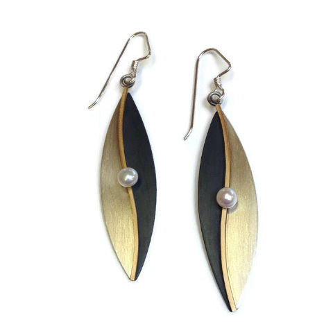 Mar Jewelry - Black and White Earrings