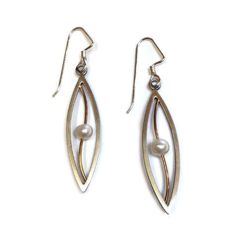 Mar Jewelry - Leaf Drop Earrings