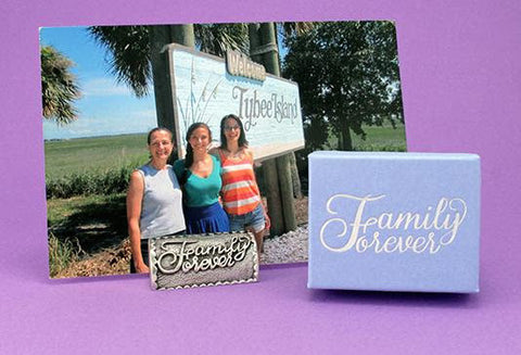 Vilmain Pewter - Family Forever Photo Stand