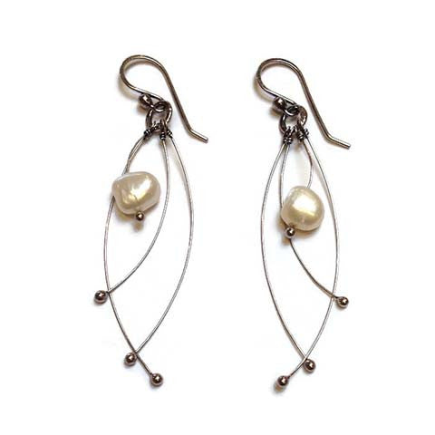 Zuzko Jewelry - Tickle Earrings with Pearls