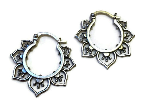 Sasha Bell Jewelry - Medium Flower Hoop Earrings