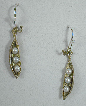 Silver Seasons - Michael Michaud - Pea Pod 3 Pearl Earrings