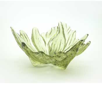 Hudson Beach Glass - Hibiscus Bowl in Peridot