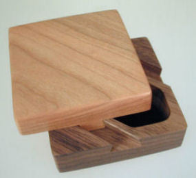 Howard Griffiths - Square Dovetail Box