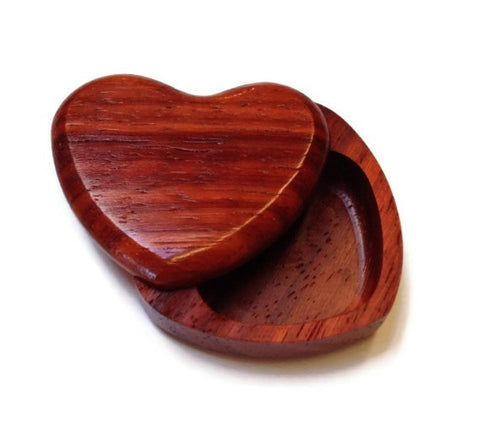 Heartwood Creations - Heart Pivot Box