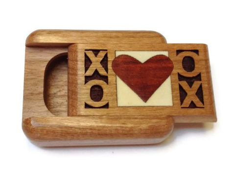 Heartwood Creations - Secret Boxes - Hugs & Kisses