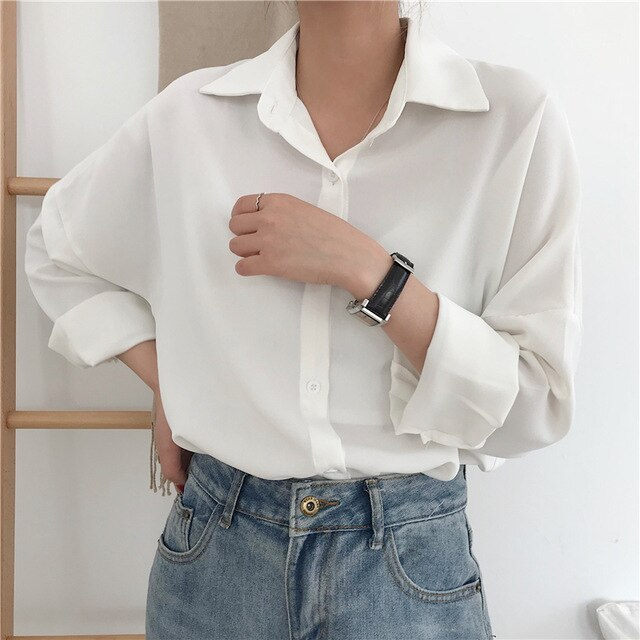 2020 New Arrival Women Vintage Oversized Chiffon Blouse Batwing Sleeve Button Up White Shirt Casual Chic Tops Feminina Blusa T05