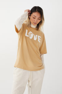 love-powerfully-print-in-camel_2_Sophie_all