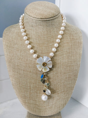 Vintage Button Flower and Pearls