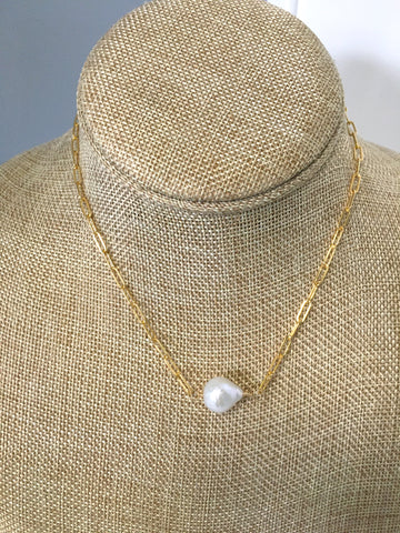 Pearl and Gold Link Necklace