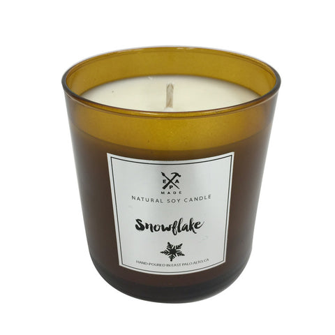 Snowflake soy candle