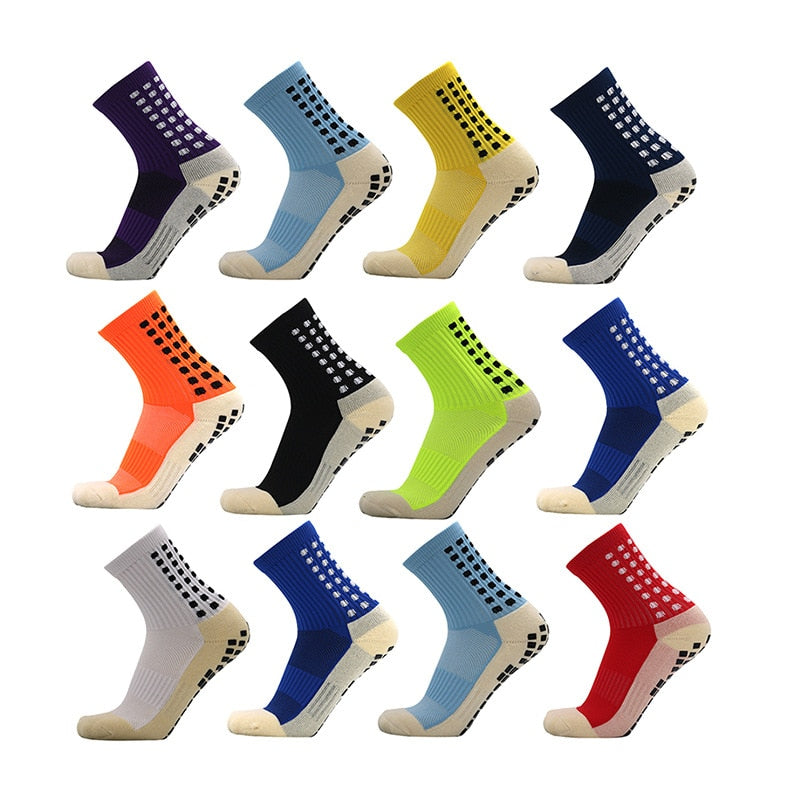 1 pair of Breathable, Odor-Resistant, and Non-Slip Athletic Socks