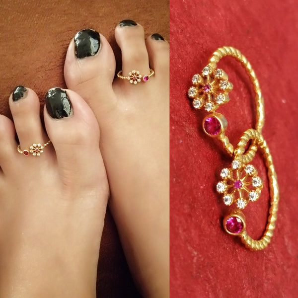 Trending 5 Gold plated Toe Ring Collection