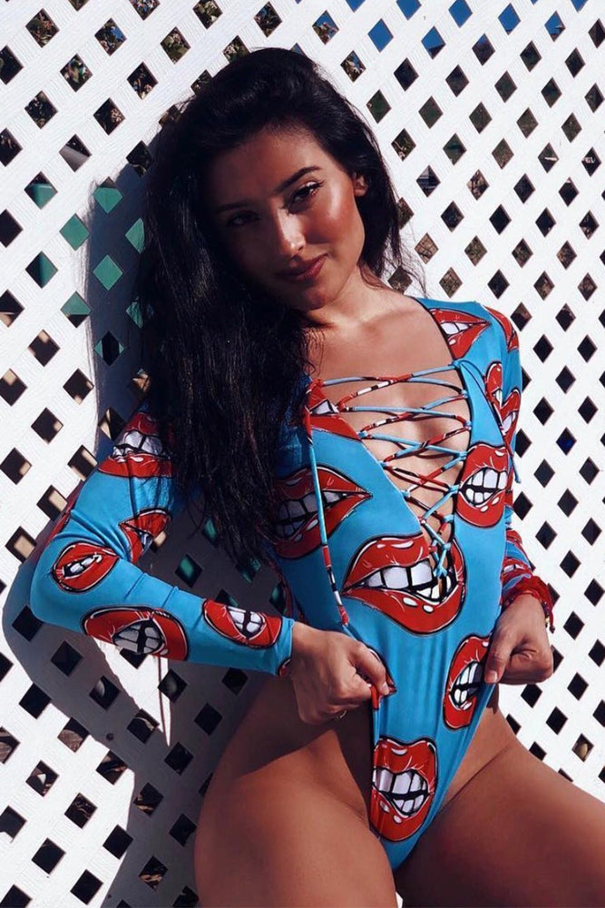 Daring Lips - Reversible Long Sleeve