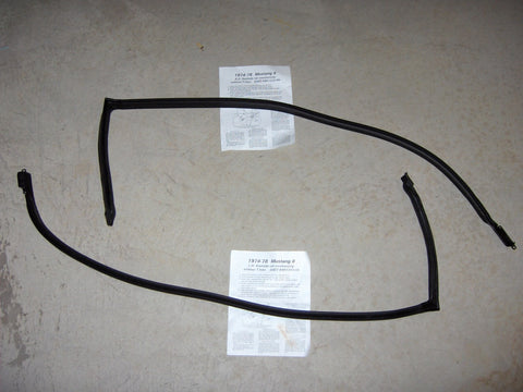 1974-1978 Mustang II Roof Side Rail Weather-strip - D4ZZ-6951222-LH/D4ZZ-6951223-RH