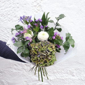 Subscription Flowers For Businesses - The Nectary - Floral Styling
