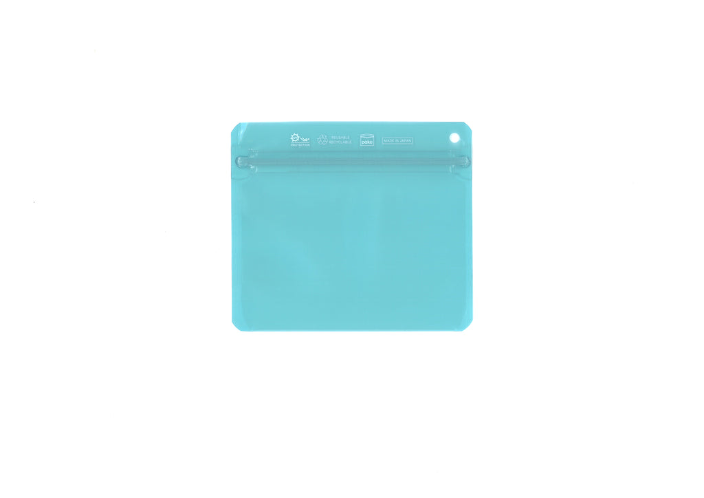 The Quantum Clear Pale Turquoise