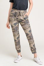 Load image into Gallery viewer, French Terry Camo Joggers