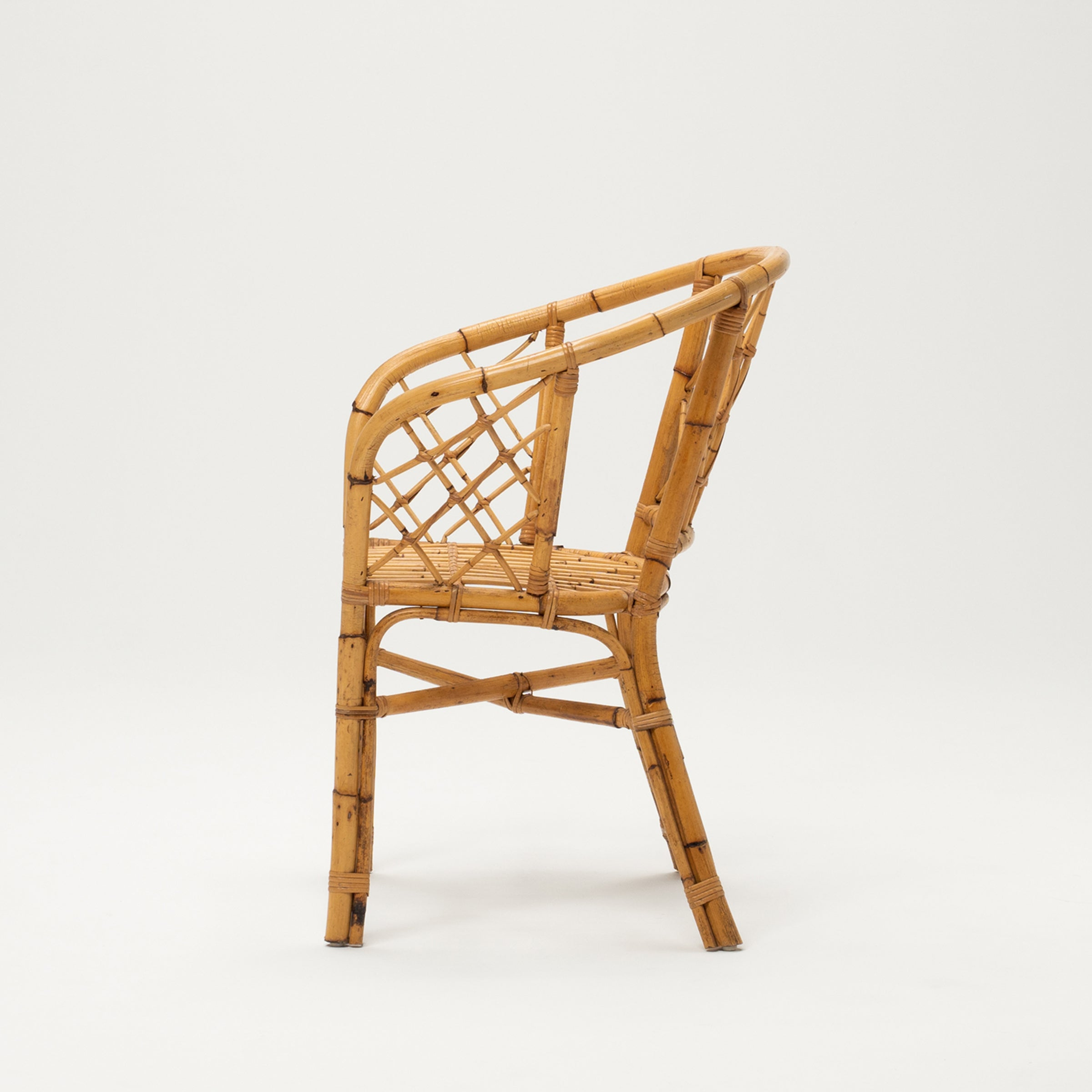 VINTAGE BAMBOO ARM CHAIR