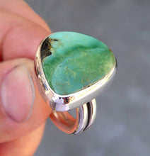 Load image into Gallery viewer, Damele variscite sterling silver statement ring. Size 8.25