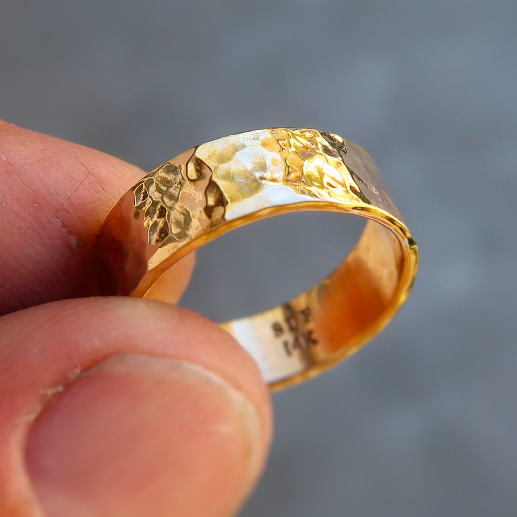 14K solid yellow gold Unisex ring