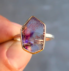 Quartz with Amethyst Hematite inclusions mixed metal 14K yellow gold sterling silver ring. Size 6.75