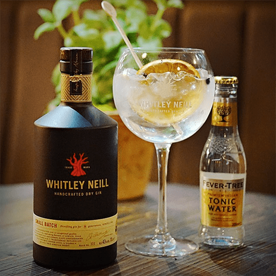 Whitley Neill Handcrafted Dry Gin - Ginuniverset