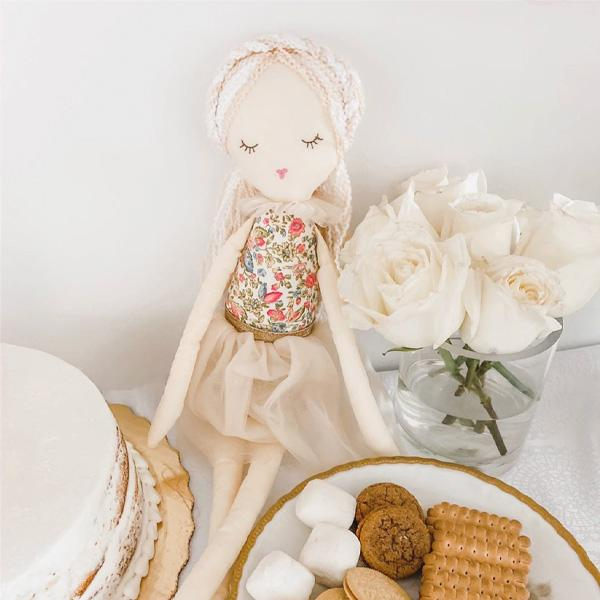 'NILLA' CAKE SCENTED DOLL - LARGE