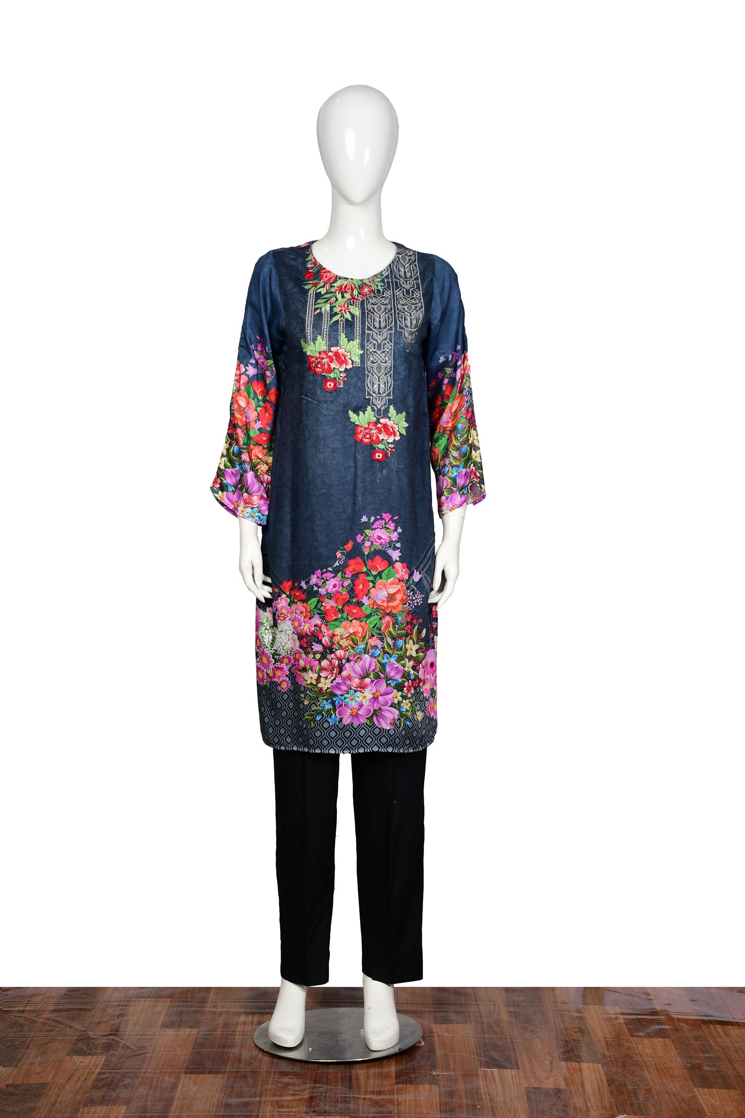 Blueion - Embroidered Linen Unstitch Kurti