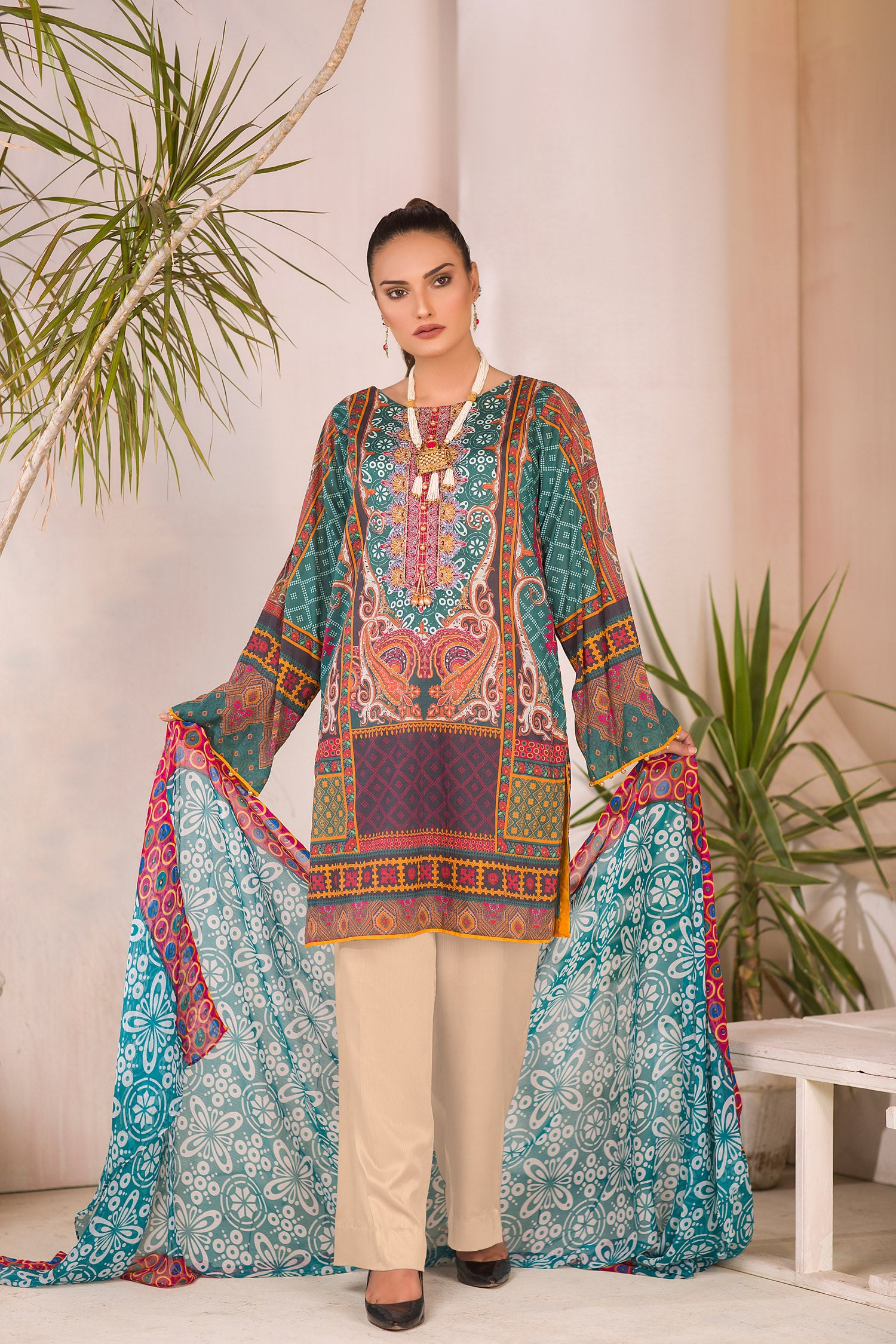 Windsor - DIGITAL PRINTED & EMBROIDERED LAWN 3PC