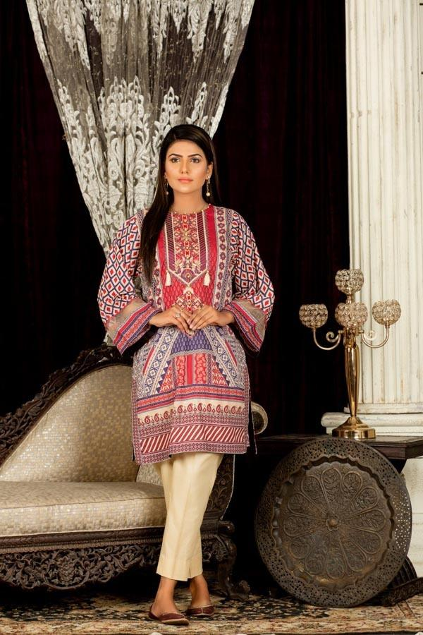 Daisies - Digital Embroidered Stitched Lawn Kurti