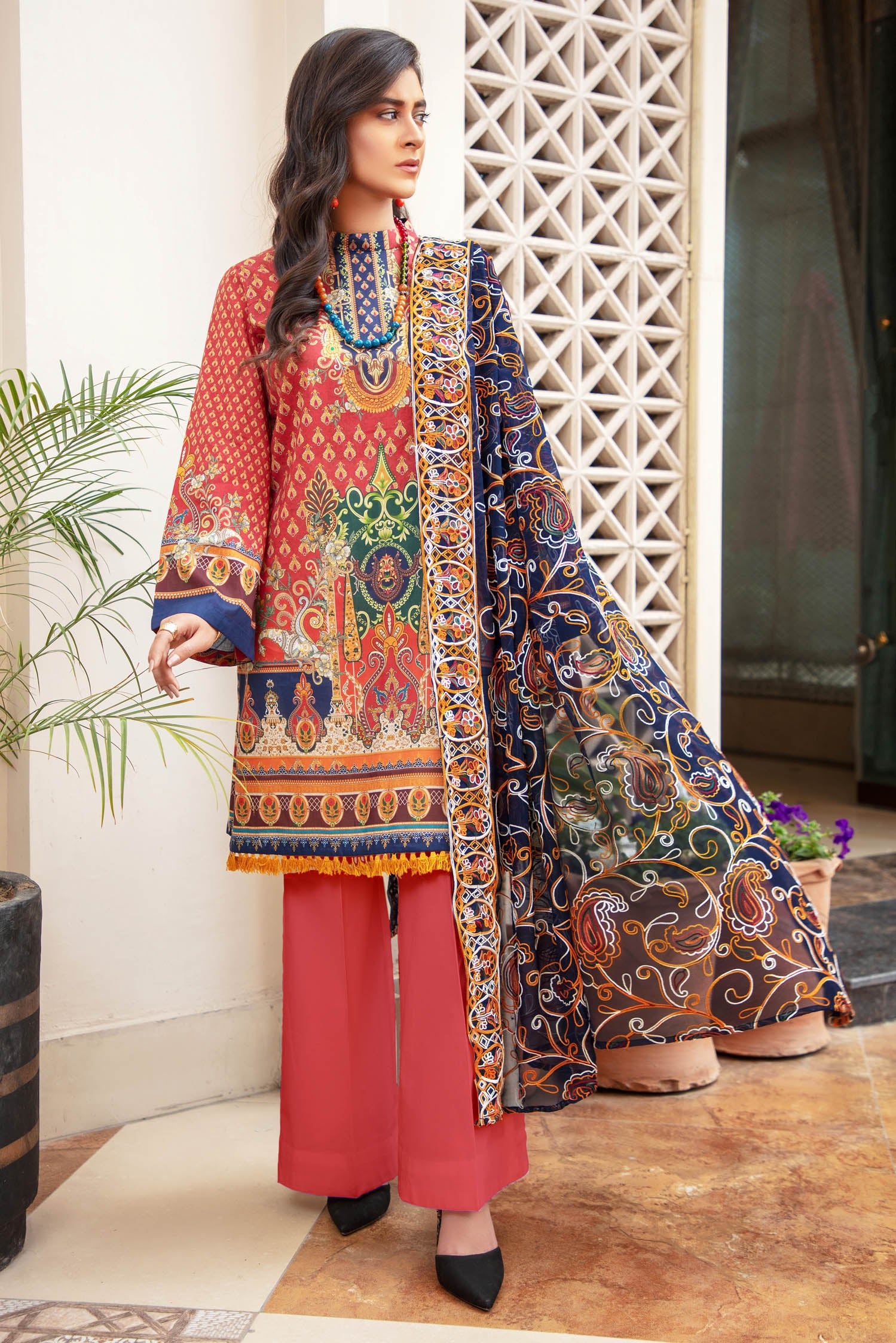 Mix Fins - Digital Printed & Embroidered Lawn